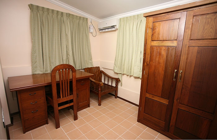 Business Suite Room - 4